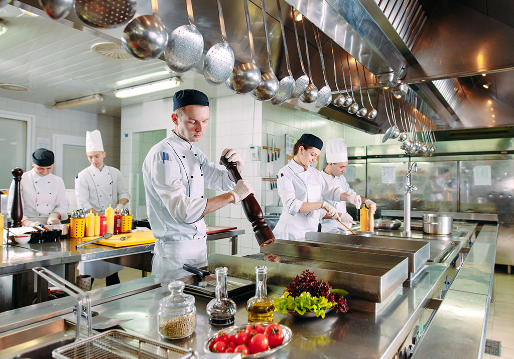 Don't let staffing issues, customer service problems, food quality concerns, and regulatory issues derail your food service management program.
